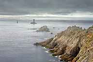 France, Brittany, Pointe du Raz with lighthouse - DSGF000744