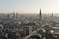 Germany, Hamburg, Cityscape - RJ000308