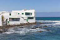 Spain, Canary Islands, Lanzarote, Punta de la Vela, Fishing village near Arrieta, Houses - AMF002906