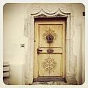 Switzerland, Gruyeres, entrance door - GW003228