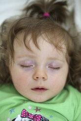 Portrait of sleeping baby girl - SHKF000009