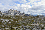 Italy, South Tyrol, Dolomites, Mountain scenery at the Tre Cime di Lavaredo area - RJF000318