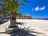 Italy, Sicily, Province of Trapani, Fishing village Castellammare del Golfo, Piazza Vincenzo Santangelo - AMF003006