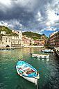 Italy, Liguria, Cinque Terre, Vernazza, Harbour - PUF000109