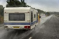 Caravan on motorway in rain - FR000015