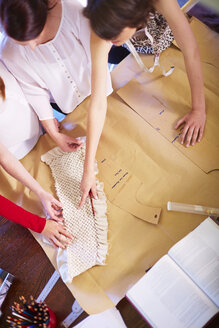Fashion designers at work - ZEF001682