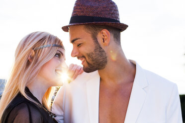 Happy young couple in love - DAWF000246
