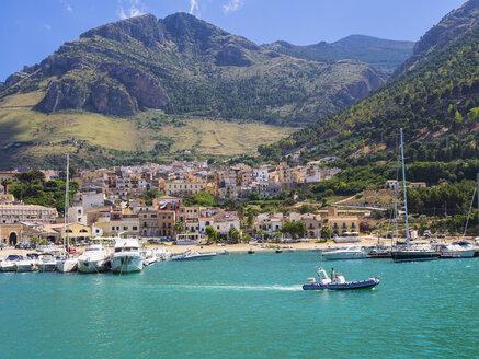 Italy, Sicily, Province of Trapani, Fishing village Castellammare del Golfo, - AM003039