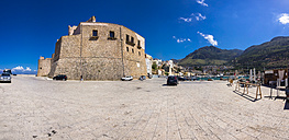 Italy, Sicily, Province of Trapani, Fishing village Castellammare del Golfo, Arabian Norman Fort, Panorama - AMF003034