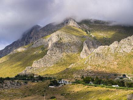 Italy, Sicily, Province of Trapani, Mountain massif near San Vito lo Capo - AMF003085