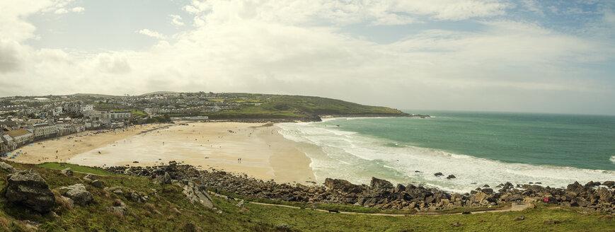 United Kingdom, England, Cornwall, St Ives, Porthmeor Beach, Panorama - FRF000070
