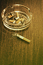 Ashtray with cigarette stubs - UWF000214