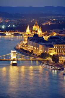 Hungary, Budapest, View to River Danube, Chain Bridge, Margaret Bridge and Parliament Building, Blue hour - BRF000799