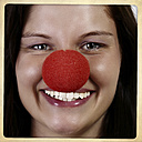 Portrait of laughing woman with clown's nose - HOHF001112