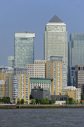 UK, London, Docklands, office towers on Canary Wharf - MIZF000704