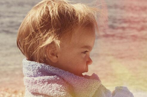 Toddler on beach - LVF002261