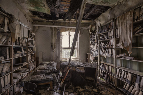 Germany, Saxony, Chemnitz, decayed  office room - HC000071