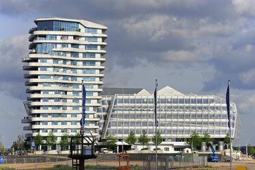 Germany, Hamburg, Hafencity, Unilever House - MIZ000715