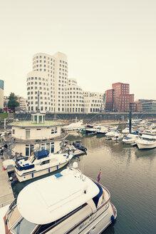 Germany, Dusseldorf, View of Media Harbour - MEMF000531