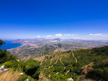 Italy, Sicily, Province of Trapani, Erice, View to the coast, Monte Cofano in the background, Nature reserve - AMF003298