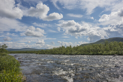Finland, Lapland, Muonionjoki river - JBF000184