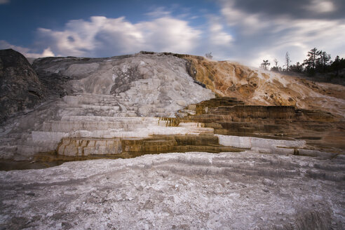 USA, Wyoming, Mammoth Hot Springs, Yellowstone National Park - NNF000130