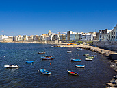 Italy, Sicily, Province of Trapani, Trapani, Old town, Harbour and Via Mura di Tramontana Ovest - AMF003341