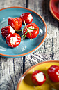 Pickeled cherry peppers, filled with cream cheese, studio - SBDF001466