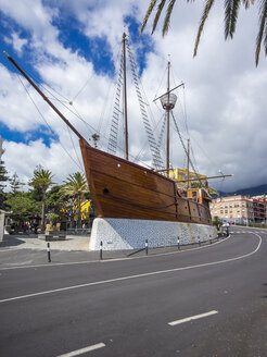 Spain, Canary Islands, La Palma, Santa Cruz de la Plama, Replika of the Ship Santa Maria of Columbus - AM003359