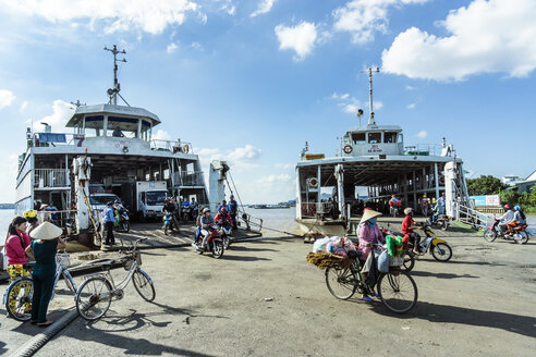 Vietnam, An Giang, Long Xuyen, two ferries at pier - WE000292
