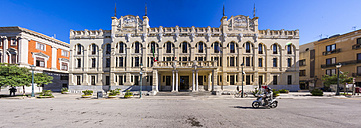 Italy, Sicily, Trapani, post office - AM003388