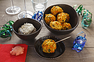 Vegetarian buffet with oat fritters and dip - EVGF001402