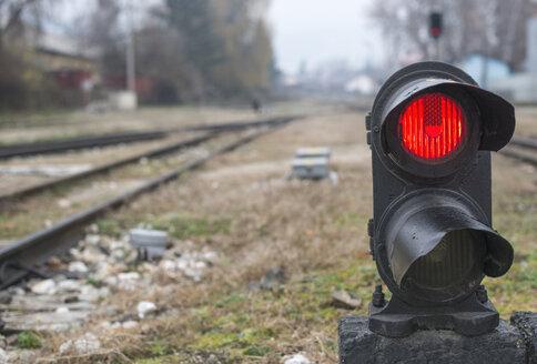 Bulgaria, Velingrad, Traffic light on railway - DEG000021