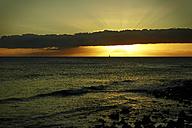 USA, Hawaii, sunset at the sea - STKF001095