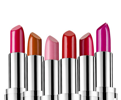 Row of different lipsticks in front of white background - RAMF000012
