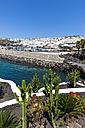 Spain, Lanzarote, Puerto del Carmen, Beach promenade - AMF003461