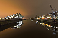 Germany, Hamburg, harbor, modern architecture at Dockland at night - RJF000368