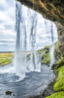 Iceland, Sudurland, Seljalandsfoss, Waterfall - STSF000662