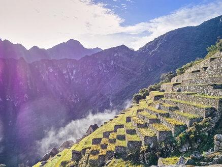 Peru, ruined city at Machu Picchu - SEGF000202