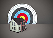 Residential house with target - ALF000277