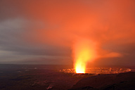 USA, Hawaii, Big Island, Volcanoes National Park, Kilauea caldera with volcanic eruption of Halemaumau by night - BR000913