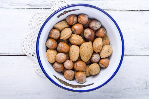 Almonds and hazelnuts - ODF000957