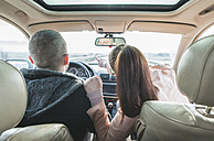 Couple traveling in car - DEGF000106