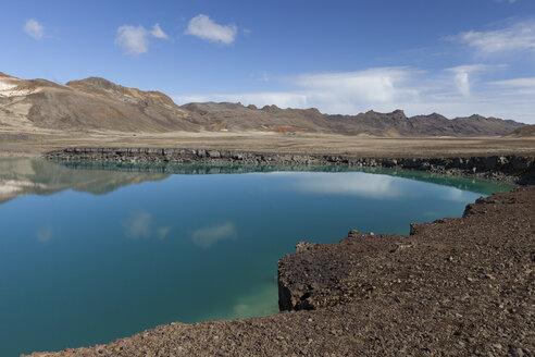 Iceland, Reykjanes, crater lake Graenavatn - ATAF000071