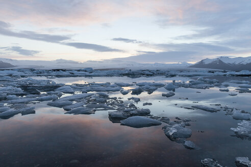 Iceland, Joekulsarlon, glacier lake in the evening light - ATAF000103