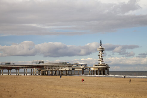 Netherlands, The Hague, Scheveningen, Pier at beach - WIF001219