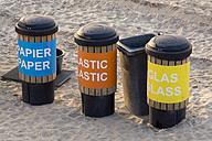 Netherlands, The Hague, Scheveningen, dustbin at beach - WI001225