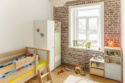Childrens' bedroom with toys - MFF001370