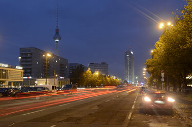 Germany, Berlin, traffic on Karl-Marx-Allee at night - BFR000851