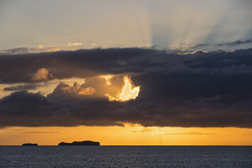 Pacific Ocean, Galapagos Islands, Rabida, cruise ship at sunrise - FOF007574